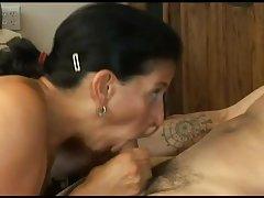 Секс с секретаршей в кабинете