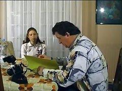 Секс старого мужика и его молодой квартирантки