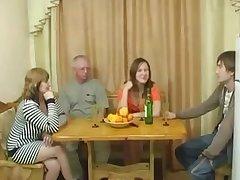 Порно свингеры обменялись своими женами