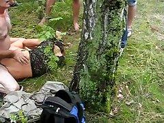 Узбекское порно с молодой девушкой в лесу